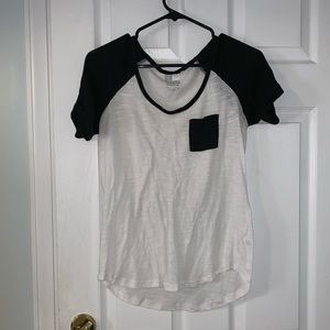 Nollie Baseball tee. Size M. Comfy and cute!